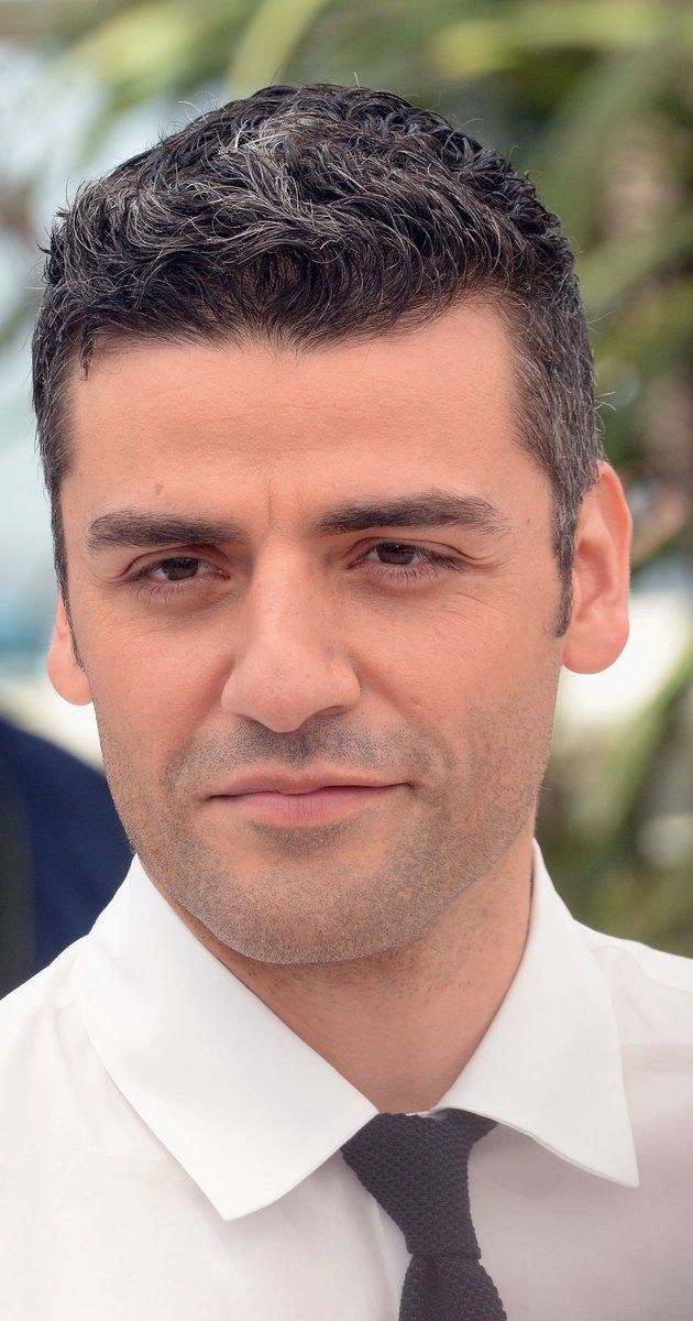 Oscar Isaac, Actor: Inside Llewyn Davis. Oscar Isaac was born Oscar Isaac Hernández in Guatemala, to a Guatemalan mother, Maria, and a Cuban father, Oscar Gonzalo Hernández-Cano, a pulmonologist. His maternal grandfather was of French origin. Oscar was raised in Miami, Florida. Before he became an actor, he played lead guitar and sang vocals in his band the Blinking Underdogs. He graduated from the Juilliard School in 2005. Isaac's first...