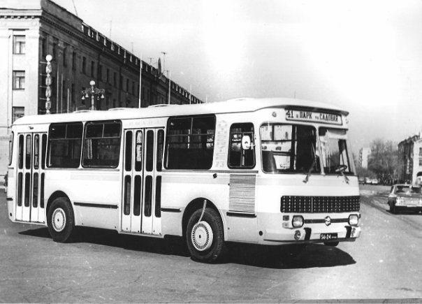 """КАвЗ 3100, построенный к """"Автосервис - '73"""" в единственном эксемпляре.  История одного автобуса! КАвЗ 3100 """"Сибирь"""" — DRIVE2"""
