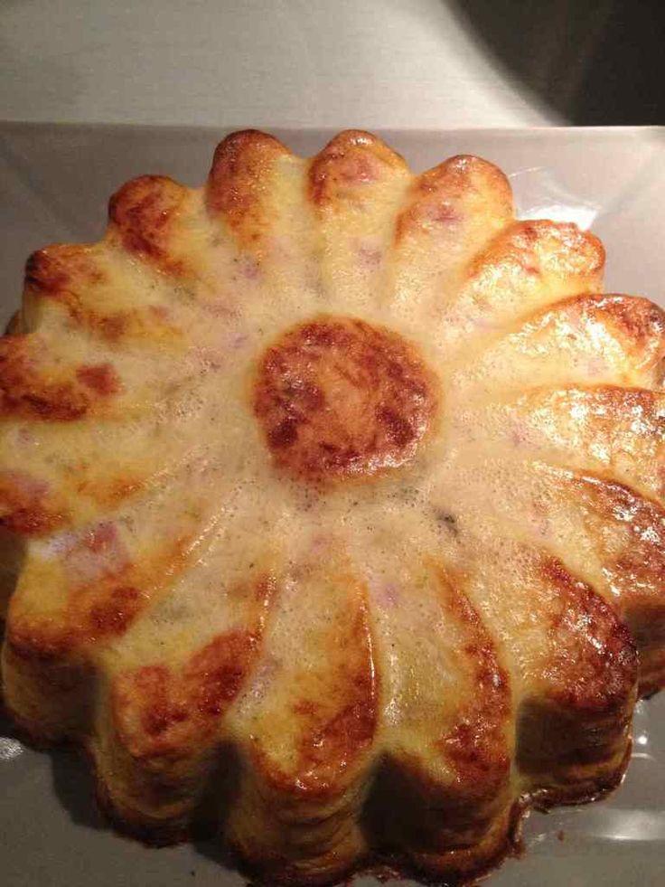 Quiche sans pâte pomme de terre, oignons,champignons et  jambon