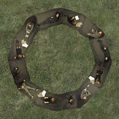 outdoor_ring_blanket