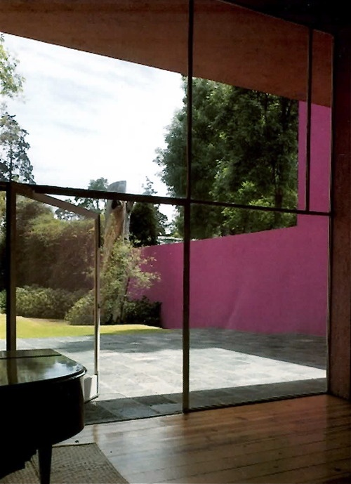 Vista hacia el jard n de la casa galvez calle pimentel 10 for Jardin 17 luis barragan