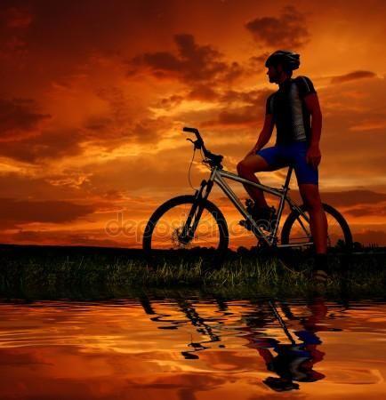 Mountain Bike — Imagen de stock #8222191