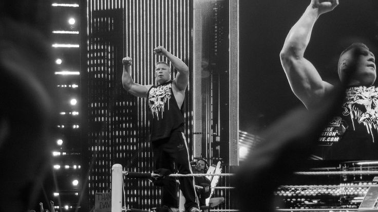WWE SummerSlam: Undertaker Defeats Lesnar, Avenges WrestleMania's Loss   http://www.morningnewsusa.com/wwe-summerslam-undertaker-defeats-lesnar-avenges-wrestlemanias-loss-2333530.html