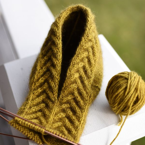 Loving the cable on this slipper!