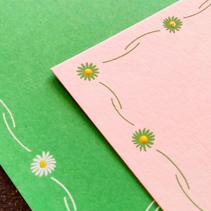 Engraved Daisy Chain correspondence cards