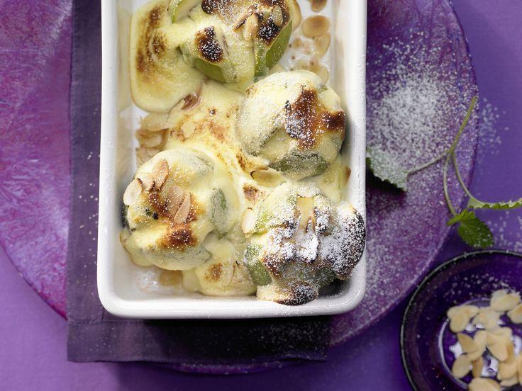 Gratinierte Feigen - mit zartem Quark-Eischnee und Mandeln - smarter - Kalorien…