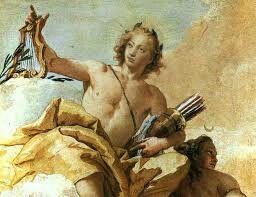 Apolo.  /dios del sol/