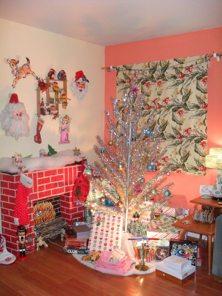Fireplace Design cardboard christmas fireplace : 2448 best Christmas images on Pinterest