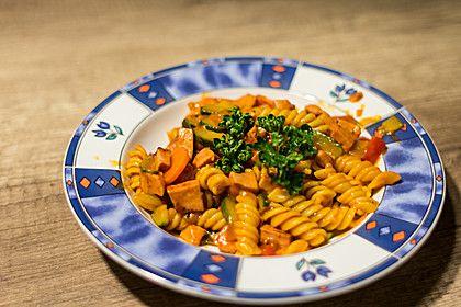 Herzhafte Fleischwurst - Gemüse - Pfanne, ein sehr schönes Rezept aus der Kategorie Gemüse. Bewertungen: 5. Durchschnitt: Ø 3,9.