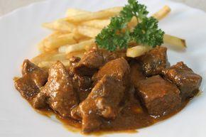 Ternera en salsa Ingredientes 1 KG DE CARNE DE TERNERA EN TROCITOS 2 DIENTES DE AJO 1 CEBOLLA 1 PIMIENTO ROJO 1 PIMIENTO V...