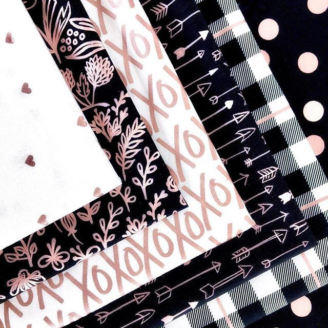 Yes, please! Amaaaazing rose gold fabrics now in stock  . . .  @rileyblakedesigns #rileyblakedesigns #iloverileyblake #fabric #fabricaddict #rosegoldfabric #rosegold #mymindseye #sparklecotton #sewcute #fabriclove #fabricstash