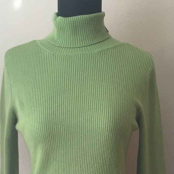 """Polo Jeans Co. Green Turtleneck Sweater Size Small Brand: Polo Jeans Co., Ralph Lauren Condition: Excellent pre-owned condition – no rips, stains, fading or smells  Tag size: Small  Color: Apple Green  Details: Cute ribbed long sleeve turtleneck sweater, logo on neckline, great fabric!  Material: 82% Acrylic, 18% nylon – machine wash cold.  Measurements Bust: 17"""" - Sleeve: 25"""" - Length: 23"""" Polo by Ralph Lauren Sweaters Cowl & Turtlenecks"""