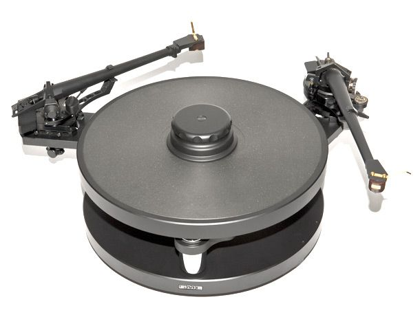 Timestep M10-DP è una piastra per montare due bracci sul giradischi SME Model 10, per soddisfare le mutevoli esigenze degli audiofili.
