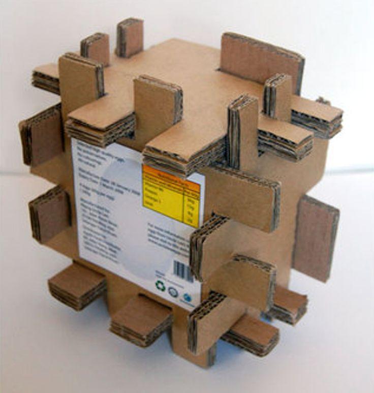 Дизайнер из Малайзии appledaniels разработал конструкцию упаковки для четырех куриных яиц, коробку из гофрокартона, собирающуюся как 3D-пазл.   Идея дизайнера заключается в том, чтобы защитить упакованные яйца при падении. Коробка состоит из семи заготовок, которые собираются без помощи клея или упаковочных материалов.    http://am.antech.ru/1T32
