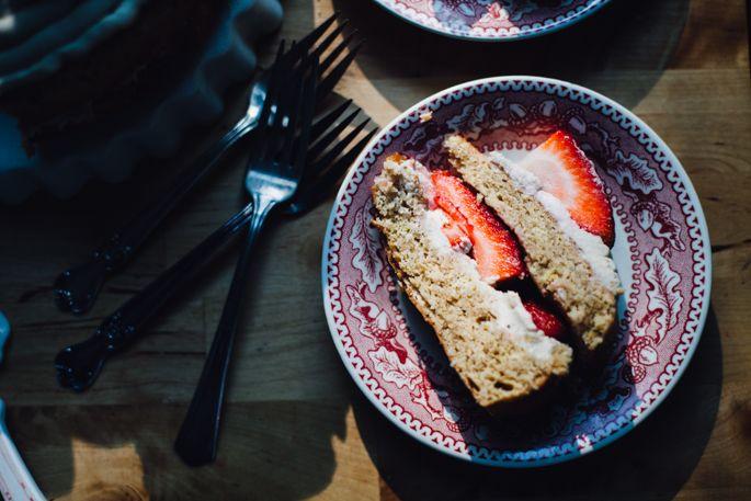 strawberry kombucha cake w/ genius cashew coconut frosting // made with high protein einkorn flour! // vegan recipe via will frolic for food