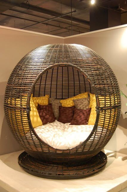 Cozy little pod for napping and reading. By Sky Line Design. Wish i had this.: