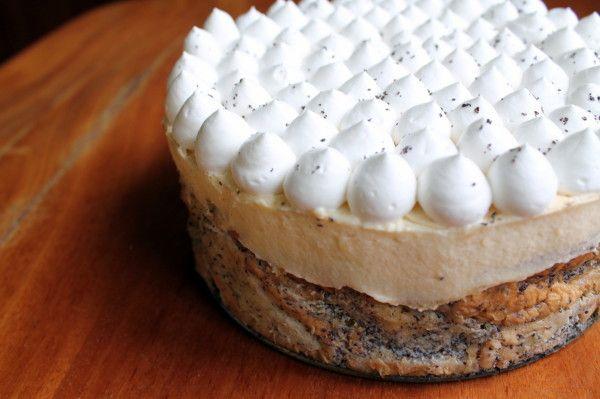 Mákosguba torta madártej krémmel