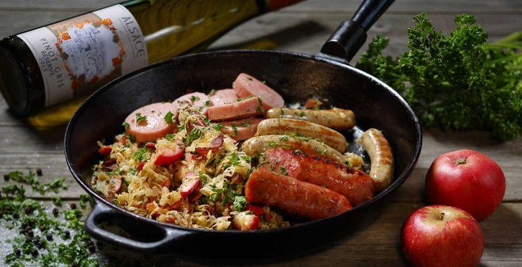 Recept till en annorlunda julmiddag (med smak av Alsace) - Ljummen surkålssallad med äpple och rökt sidfläsk! #jul #julbord #recept  http://www.senses.se/recept-julmiddag-med-smak-av-alsace-del-2/