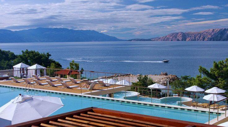 Novi Spa Hotels & Resort a Novi Vinodolski, discover the exclusive collection of charming and luxury hotels in Novi Vinodolski