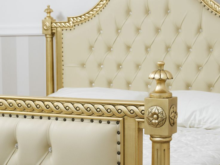 Letto matrimoniale dorato stile Barocco foglia oro ecopelle champagne bottoni Swarovski®