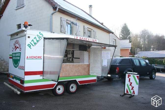 Remorque magasin pizza