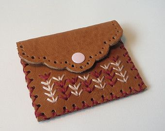 Handmade leather coin purse, small change purse, leather pouch, patterned coin purse
