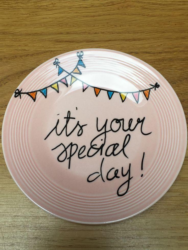 Bord voor verjaardag juf gemaakt DIY met por seleinstiften