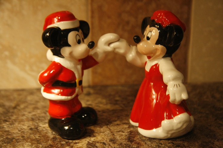 I found this Mickey and Minnie salt and pepper shaker set at an antique store for $4 dollars!  I think they are so cute!