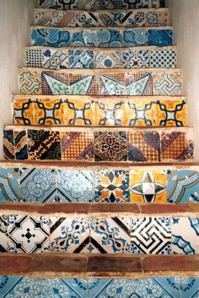 Oltre 25 fantastiche idee su bagno con mosaico su for Piastrelle 20x20 finto mosaico