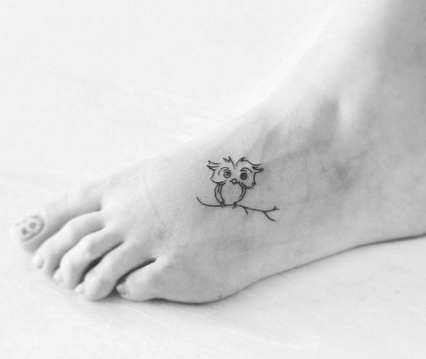 6. Een uil - Dit zijn de 11 leukste tattoos voor op je voet en enkel - Nieuws - Lifestyle