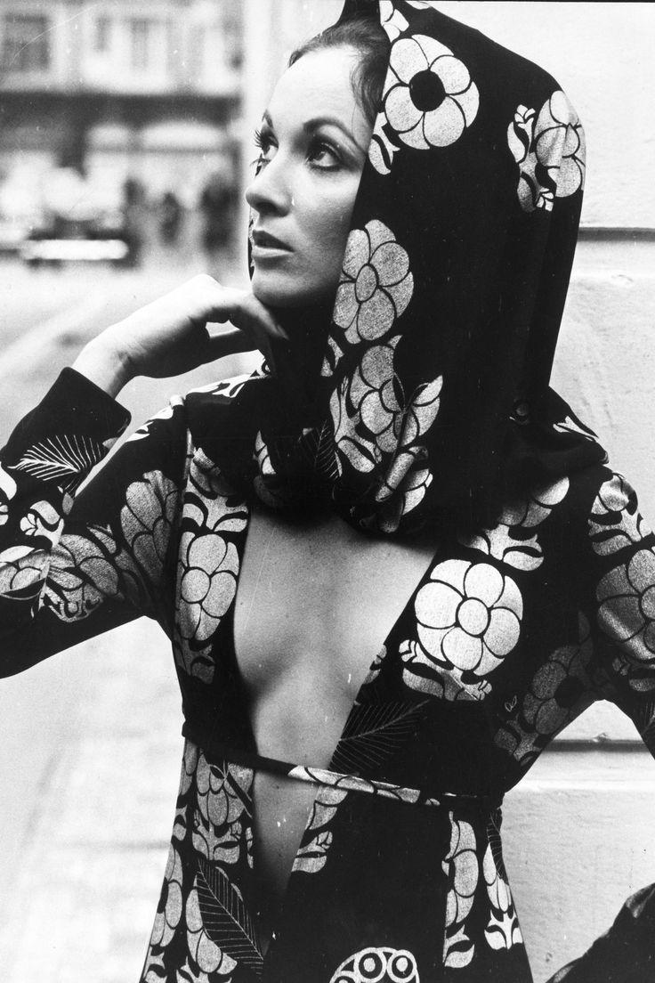 In Photos: The Best of '70s Fashion  - http://HarpersBAZAAR.com