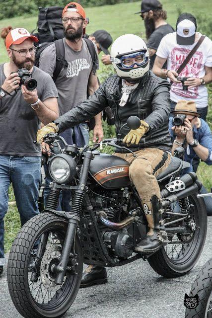 RocketGarage Cafe Racer: Punk's Peak Race
