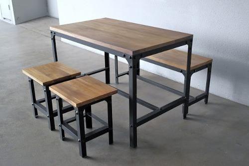 Mesa Desayunador Hierro Y Madera Con Bancos - $ 5.000,00 en MercadoLibre