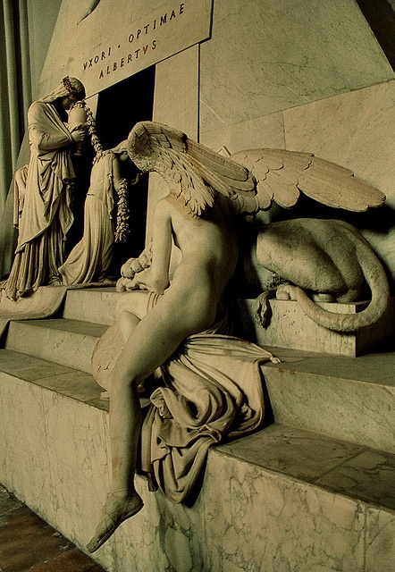 Cenotaph for Marie Christine of Austria by Antonio Canova, 1805, at Augustinerkirche, Vienna, 2006  //  By Suzanna at flickr