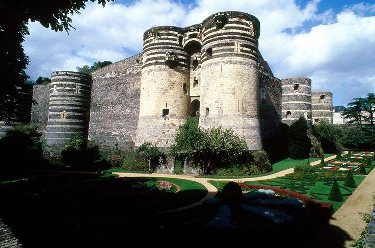 Château d'Angers, Pays-de-la-Loire, France. #Angers #leCMN