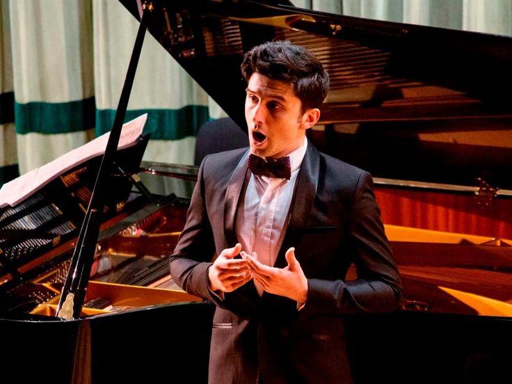 """George Ionuț VÎRBAN   Tenor   """"Mergeți la Operă, deoarece muzica spune mereu o poveste"""""""