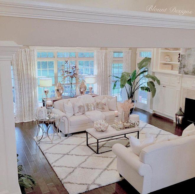 Living room rug. Diamond Rug. Diamond Shag Rug, Rugs USA. #rug #livingroom #livingroomrug #diamondRug living-room-rug Home Bunch Beautiful Homes of Instagram @blountdesigns