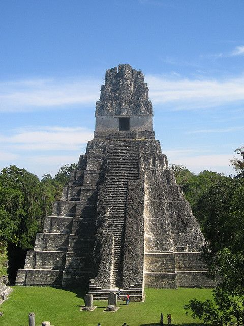 Grand Jaguar Pyramid at Tikal mayan ruins - Guatemala