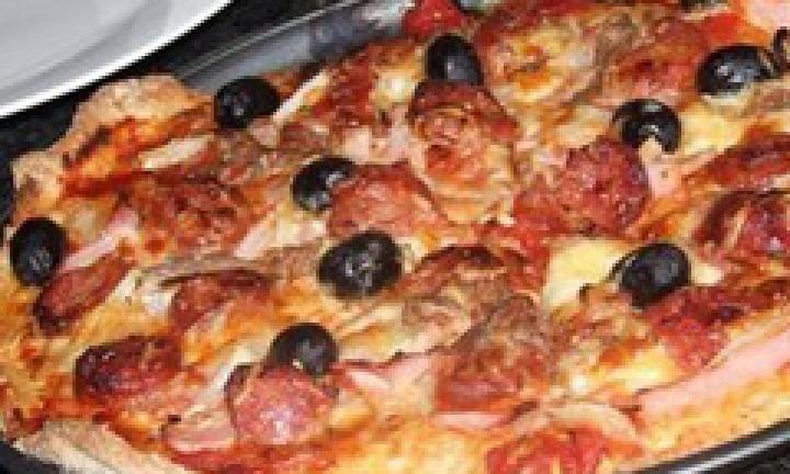 Healthy family pizza - Kidspot
