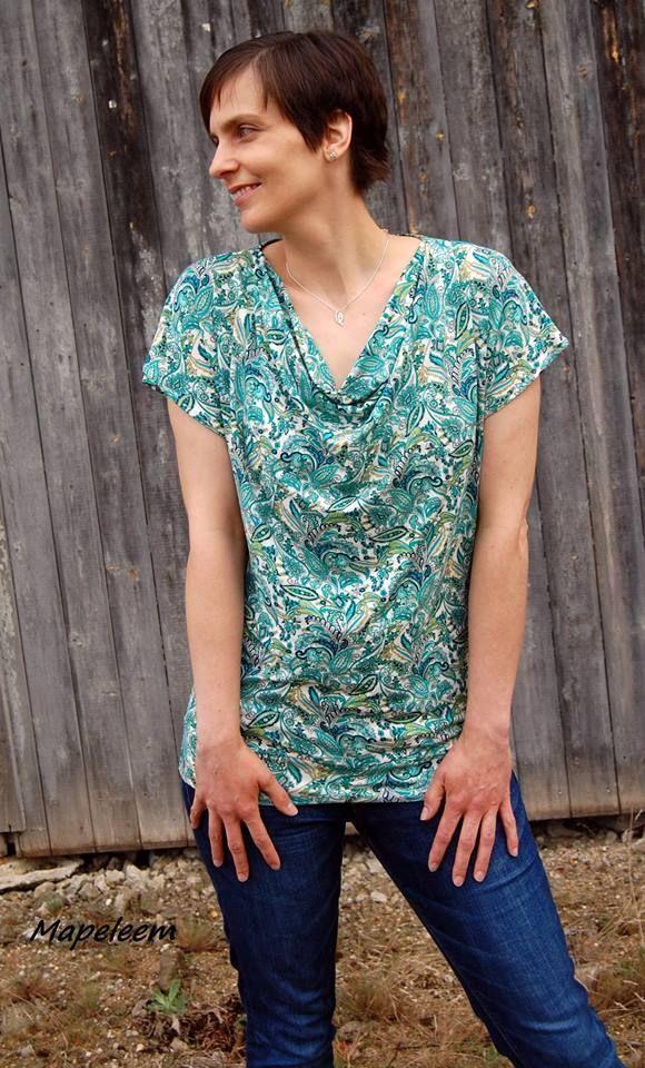 56152cd3653 ein schnell genähtes kurzärmliges Shirt mit Wasserfallausschnitt  Das  Schnittmuster Jella von Konfetti Patterns. Nähen