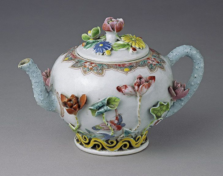 chinese flowered teapot..charming