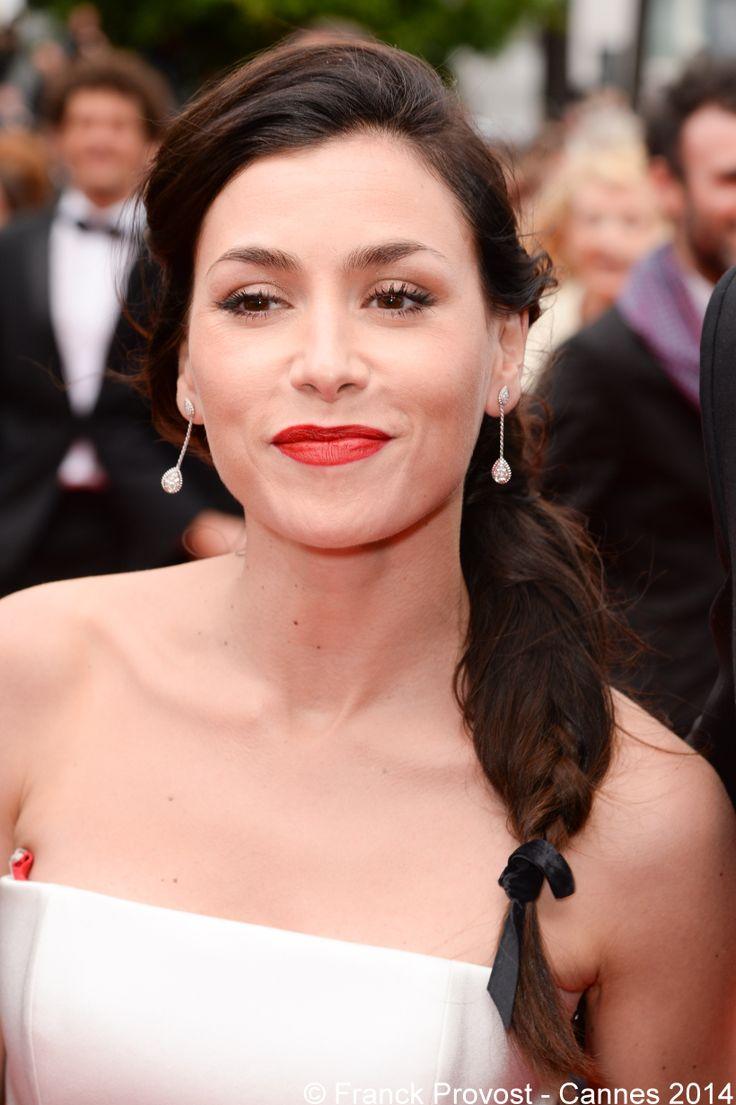 Olivia Ruiz brille sur le Tapis rouge avec une tresse signée Franck Provost. #Cannes #Croisette #Hair #FranckProvost #Glamour #Cannes2014 #FPCannes2014