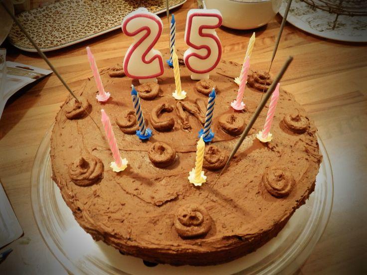 les 25 meilleures idées de la catégorie gâteaux d'anniversaire 25