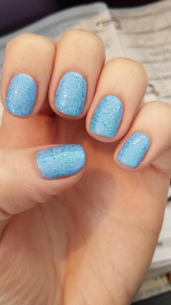 Jessica GELeration True Blue with Time to Sparkle Pale Topaz glitter. Created by @raresalon158