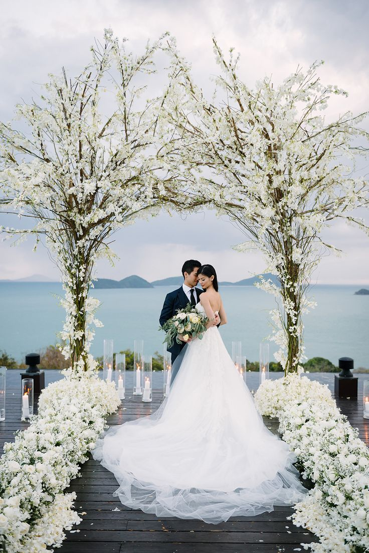 Originally from Sydney but based in New York, Jeremy and Bibi decided to have a tropical destination wedding at Sri Panwa in Phuket, Thailand. Just 2 months before their wedding...
