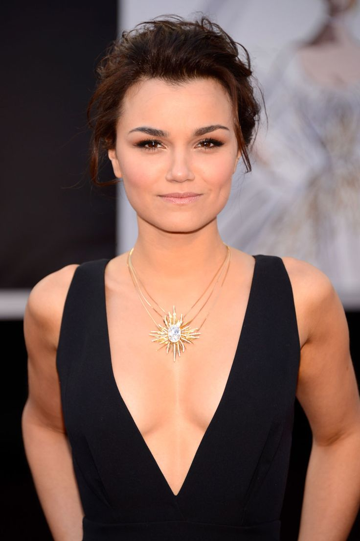 'les Mis' Star Samantha Barks In The House Of Waris For Forevermark 'light