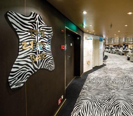 MSC Poesia - The Zebra Bar