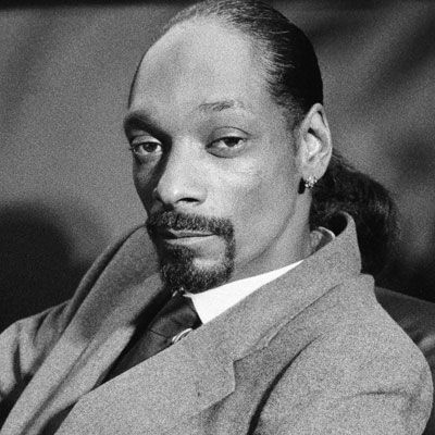 Snoop Dogg new songs, news, editorials, and albums on DJBooth. Read news and listen to new music from Snoop Dogg.