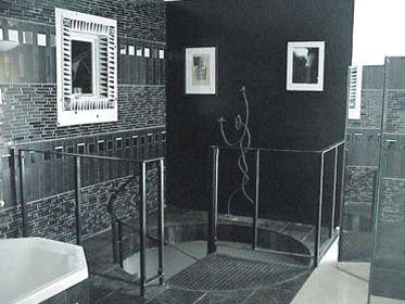 Mosaic bathroom/dressing room: Jane du Rand; Hennie Boshoff: Mark Taschner.