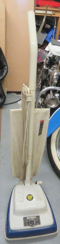 Vintage EUREKA Vacuum Cleaner Upright Model 1425 F Blue Works   #Eureka